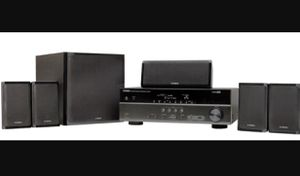 Yamaha RX-V377 5.1-Channel A/V Home Theater Receiver and speakers for Sale in Duluth, GA