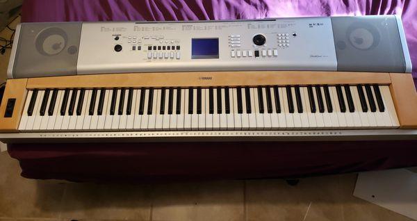 Yamaha Portable Grand Dgx-630 88 Weighted Keys Keyboard