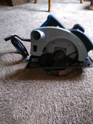 Nice Skill Saw With Laser guide in good shape Needs New Blade for Sale in Ocala, FL