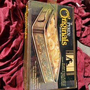Vintage Pyrex Originals New Sealed Fireside Bakeware 2 Quart Baking #2325 f for Sale in Las Vegas, NV