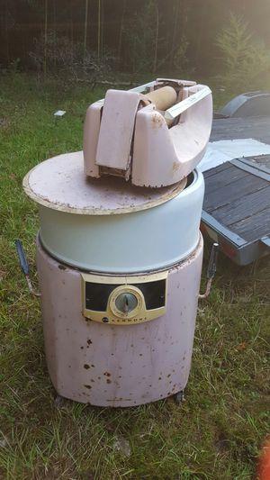 Antique wringer washer for Sale in Milton, FL