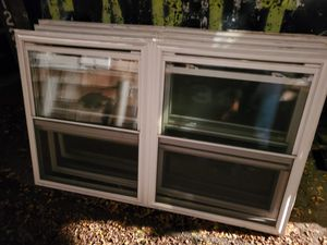 Vinyl windows 72x45 and 35³/⁴x45 for Sale in Yonkers, NY