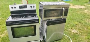Set of Frigidaire for Sale in Leesburg, VA