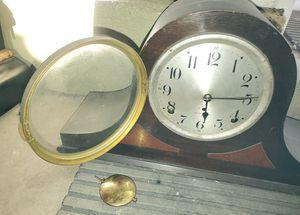 Antique Seth Thomas Shelf Mantle Clock 1924 for Sale in Montclair, CA