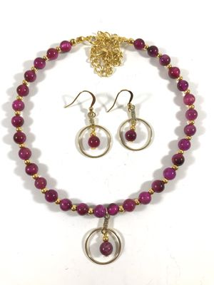Fuchsia beaded necklace for Sale in Sunnyvale, CA