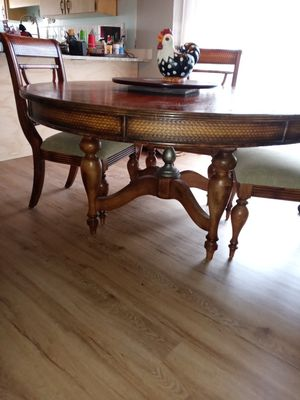 Dining Room Table From Ashley Furniture for Sale in Winter Haven, FL