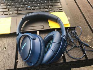 Bose soundtrue around ear headphone II for Sale in Alexandria, VA