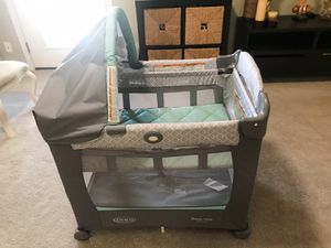 Graco Travel Lite Crib for Sale in Phoenix, AZ