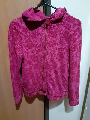 Danskin Now Fuchsia jacket with hoodie, flower pattern. for Sale in Wichita, KS