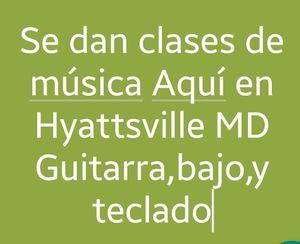 Clases de musica Guitarra,Bajo, Teclado. for Sale in UNIVERSITY PA, MD