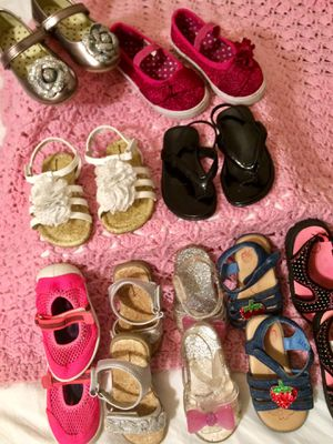 Baby girl sandals and shoes size 5 for Sale in Abilene, TX