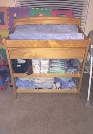 Very nice solid oak wooden changing table for Sale in Aberdeen, WA