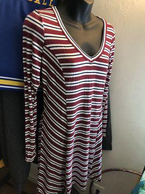 Med Sz Dress Jr Sz for Sale in Norwalk, CA