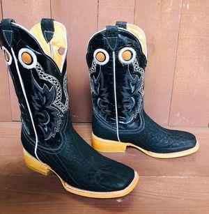 Men's Bullneck Leather Boots 👢 for Sale in San Antonio, TX