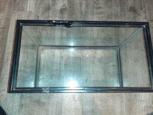 5 gallon fish tank or reptile tank. for Sale in San Diego, CA