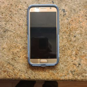 Samsung S7 Factory Inlocked for Sale in St. Petersburg, FL