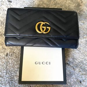 Gucci Wallet $500 for Sale in Chandler, AZ