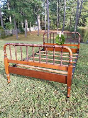 Beautiful antique Jenny Lind bed ~Full size for Sale in Norfolk, VA