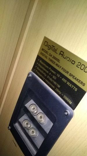 Digital audio speakers for Sale in Phoenix, AZ