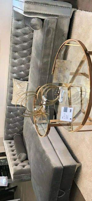 Love 🌹 Ava Gray Velvet RAF Sectional/couch /living room set for Sale in Pflugerville, TX