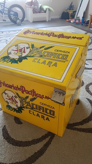 Pacifico beer cooler for Sale in South Gate, CA