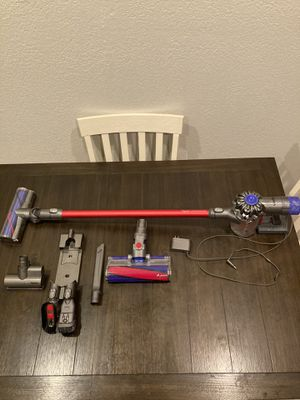 Dyson V6 Absolute Vacuum for Sale in Plano, TX
