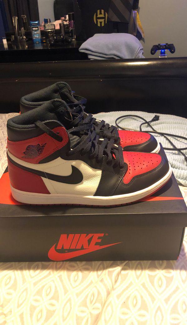 Jordan 1 bred toe size 10.5 men