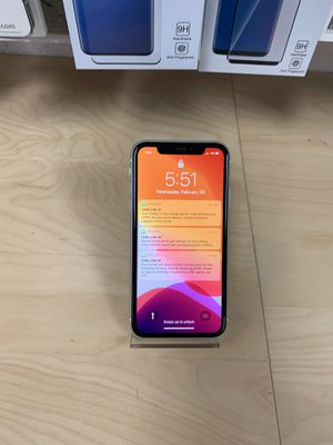 iPhone 11 128 gb At&t white ( brand New) for Sale in Hayward, CA