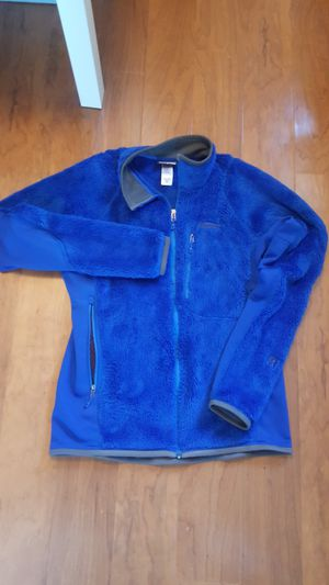 Patagonia R3 Jacket - Men's size medium for Sale in Chula Vista, CA