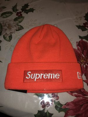Supreme FW18 box logo beanie for Sale in The Bronx, NY