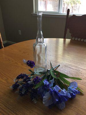 Vase + Silk Iris, Hyacinth Flowers for Sale in Reedley, CA