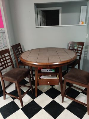 Kitchen table with chairs for Sale in Kent, WA