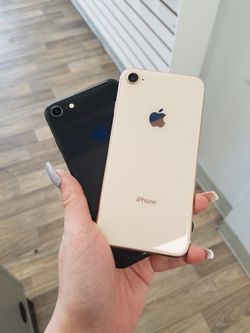 Apple iPhone 8 Unlocked for all carriers for Sale in Everett,  WA