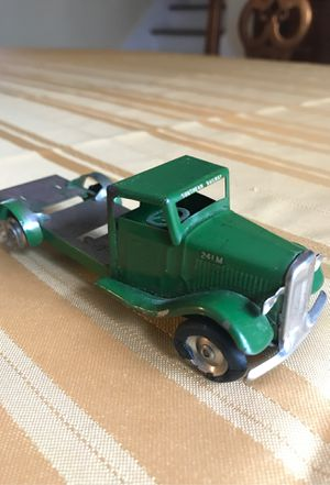 Minic Green metal toy Southern Railway truck number 241M mid century collectible rare wind up toy truck 5 inches long for Sale in West Palm Beach, FL