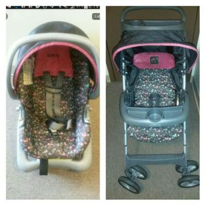 Coco carseat with base and matching stroller for Sale in St. Louis, MO