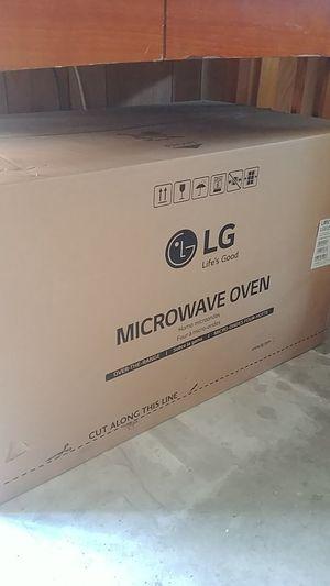 LG microwave over model # LMV1831ST for Sale in Santa Maria, CA