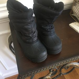 Little Kids Snow Boots Size 12 for Sale in Herndon, VA