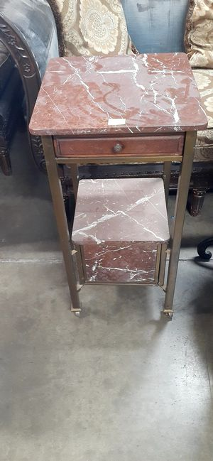 $60 $red marble slated intable with draw. for Sale in Ontario, CA