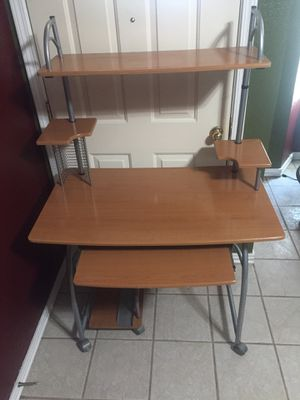 Computer desk with chair included $30 for Sale in Farmersville, CA