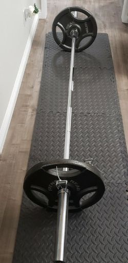 "7 Foot Olympic Weight Barbell (45LB BAR) & 2 x 45LB Olympic 2"" Weight Plates for Sale in Irwindale,  CA"