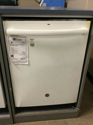 New GE White Built In Dishwasher w/ Third Rack😜 for Sale in Chandler, AZ