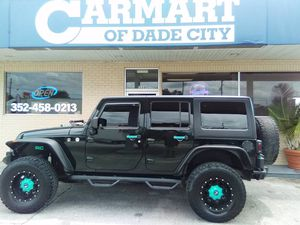 2012 Jeep Wrangler Unlimited for Sale in Dade City, FL