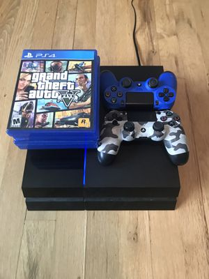 Like new working Ps4 with 2 working controllers and games for the low!!! for Sale in Wyckoff, NJ