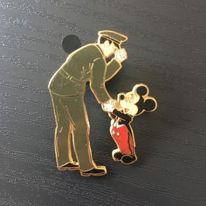 Disney World Mickey Says Thanks Army 2004 pin for Sale in Pinellas Park, FL
