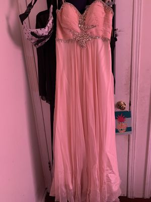 Elegant Peach Prom Dress. Size 11/12 for Sale in Central Islip, NY