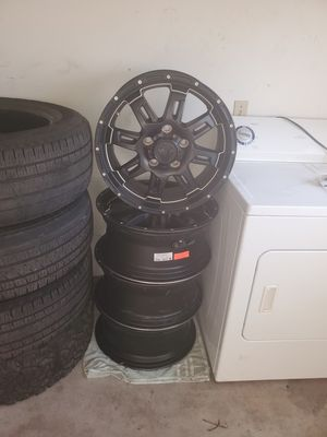 20 inch rims with tpms for Sale in Midland, MI