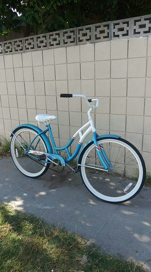 Bike very good condition size 26 for Sale in Anaheim, CA