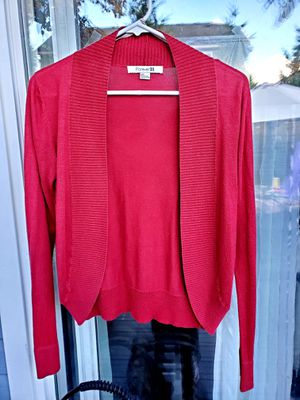 Adorable Forever 21 Size Small Short Red cardigan for Sale in Marysville, WA