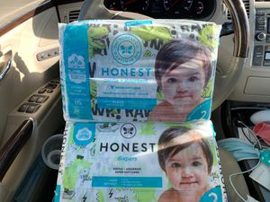 Pampers size 1 sleeve & 2 pack of honest diapers! 15! Total bulk baby diapers for Sale in Germantown, MD