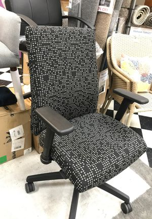 23103 Office Star Work Smart Chair in Fine Tune Onyx for Sale in Anaheim, CA
